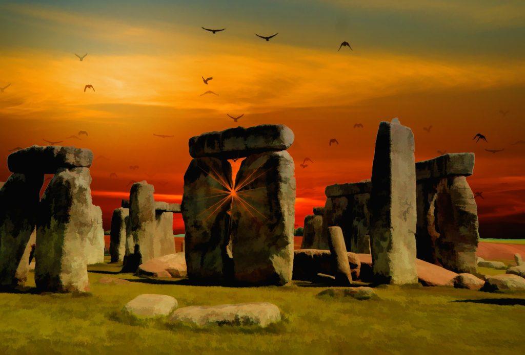 astrology-solstice-stonehenge-pixabay-public-domain